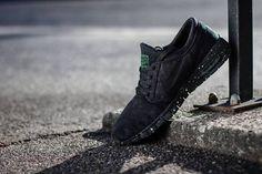 "Nike SB Stefan Janoski Max ""Pine Green"" | KicksOnFire.com #max #air #janoski #speckle"