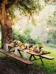 prematureweddingplanning:Source:Â Emmaline Bride #photography #picnic