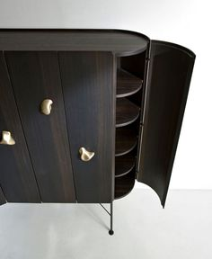Sesel – Sculpture-Like Handles by Bartoli Design - #design, #furniture, #modernfurniture, #productdesign, #industrialdesign, #objects,