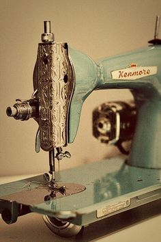 vintage sewing machine #machine #vintage #sewing