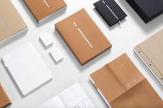 #minimal #branding #stationary #theinternational