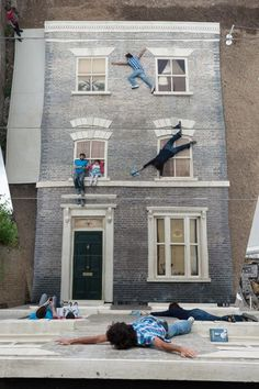 Dalston House by Leandro Erlich #mirror #gravity #building #wall