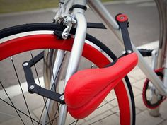 Seatylock combined bike saddle and lock #security #accessories #bicycle #design #functional
