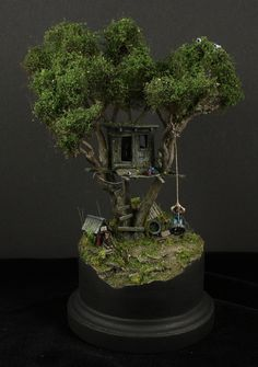 Toms' treehouse 1/87 scale #miniature #diorama #treehouse