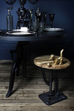 MicheleVarian_stooldetail_DS #interior #design #decor #deco #dark #decoration
