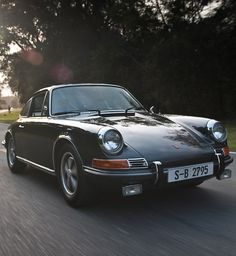 Close-Up: Steve McQueen's 1970 Porsche 911S | A Continuous Lean. #classic #porsche #911s #steve mcqueen
