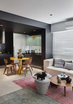 VF Apartment in Ipanema / Studio RO+CA