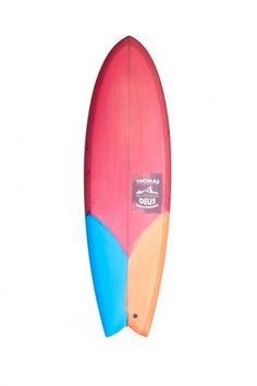 tumblr_lwkchb4Lb61qhlnfho1_1280.jpg (JPEG Imagen, 500x750 pixels) #red #surf #sea #deus #surfboard