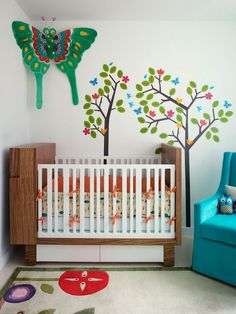 Bohemian art apartment nursery #interior #painting #art #kids #apartment #room