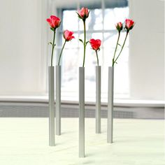 Magnetic Vase by DCI #tech #flow #gadget #gift #ideas #cool