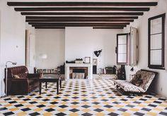 Freunde von Freunden Carolina Iriarte living room