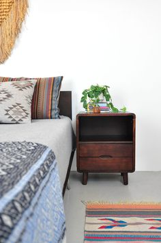 The Design Chaser: Homes to Inspire | Modern Findings #interior #bed