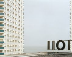 Mathieu Bernard Reymond #mathieu #skyscraper #photography #minimal #reymond #bernard