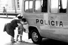 FFFFOUND! | fucktum #police #photography