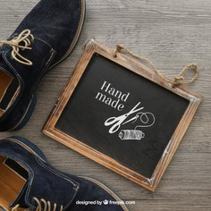 Chalkboard and shoes Free Psd. See more inspiration related to Mockup, Blackboard, Shoes, Chalkboard, Mock up, Scissors, Up, Male, Objects, Things, Composition, Mock and Masculine on Freepik.