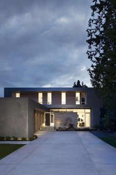 South Surrey House by Leckie Studio Architecture Design