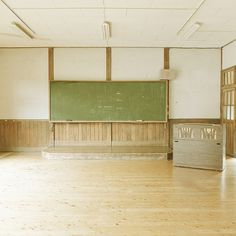 Learn | Flickr - Photo Sharing! #old #classroom #school #blackboard #music #japan