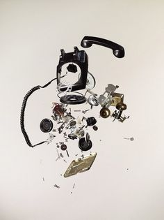 Apart_Phone.jpg 901×1200 pixels #photo #image #exploded