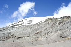 Nevado del Ruiz. Colombia on Behance #mountain #white #travel #snow #photography #snowy #colombia