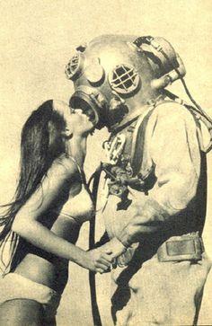 1 en Flickr: ¡Intercambio de fotos! #diver kiss