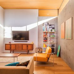 California Coastal Home with an Original and Bold Curvilinear Roof 11