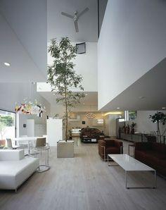 KRE House by Takuya Tsuchida -- Autoblog #architecture #white #modern