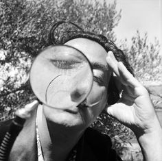 vintage everyday: Hilarious Black & White Portraits of Salvador Dali #dali #photography