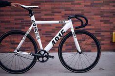 4409453692_70da8de116.jpg (500×333) #cycling