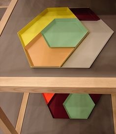 The beauty of simplicity - News & Stories at Stylepark #tray #kaleido #furniture