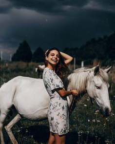 Gorgeous Lifestyle Portrait Photography by Henry Jimenez