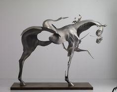 Dissolving Figurative Sculptures by Unmask   Colossal #art #sculpture #horse