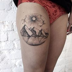 Sexy Thigh Mountain Tattoos For Girls