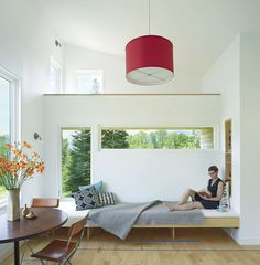Micro House by Elizabeth Herrmann Architecture