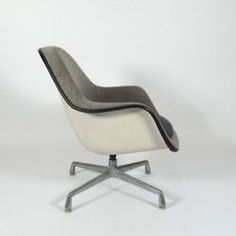 http://rchamizo.tumblr.com/ #furniture #eames
