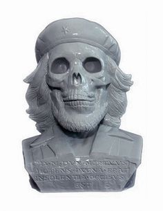 """this isn't happiness.â""""¢ #dead #statue #sculpture #che"""