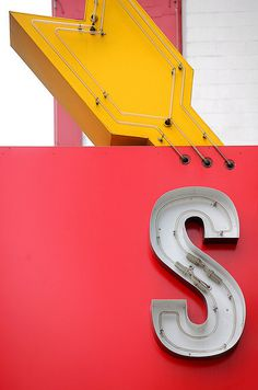 photo #letters #typography #big #cinema #signs #type #led #neon