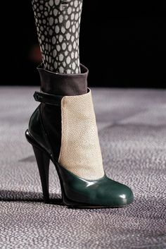 Fendi Fall 2012 Ready to Wear Collection Slideshow on Style.com #fendi #heels