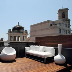 CJWHO ™ (Room Mate Pau Hotel Roof Top, Barcelona) #spain #design #interiors #landscape #wood #photography #architecture #barcelona #luxury