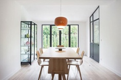 Minimal dining room. House V by Philippe Harden. #diningroom