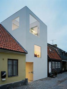 11.jpg (520×690) #sweden #white #elding #architecture #minimal #townhouse #oscarson