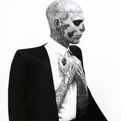 08.jpg 800×799 pixels #fashion #photography #black and white #editorial #rick genest #karim sadli