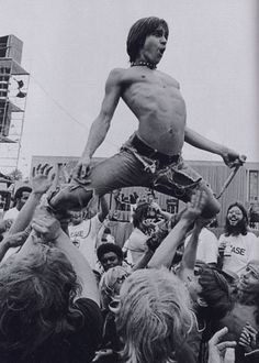 tumblr_ld3ejmVi6r1qc7qvfo1_500.jpg (500×700) #iggy pop