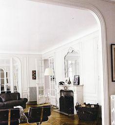 Interiors : The Wonderlust Journal