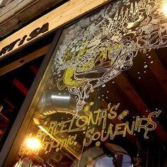 Etiquetas/Tags #illustration #storefront