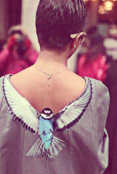 Wyniki Szukania w Grafice Google dla http://file1.campuslife.co.kr/Wa/editor/2013/5/2013561610592uhh.png #fashion #bird #blouse #neckline