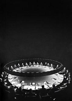 OTAKU GANGSTA #war #table #council #light #spot