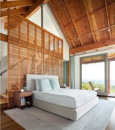 Oceanfront Retreat – Spurwink by Whitten Architects