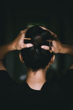 Portrait, hair detail #detail #portrait #guite #light #hair #girl #back