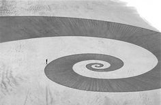 Jim Denevan etches impermanent geometric drawings into California beaches | Colossal #beach #spiral #sand #earthwork