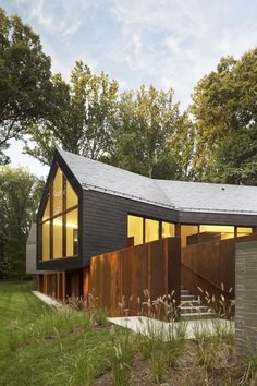 Slate House in a Maryland Forest by Ziger/Snead 1